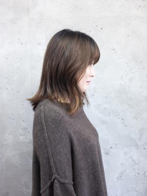 【豊橋】30代のママさんのビフォーアフターミディアムヘアでイメチェンカット